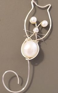 Sterling and Freshwater Pearl Kitty Necklace